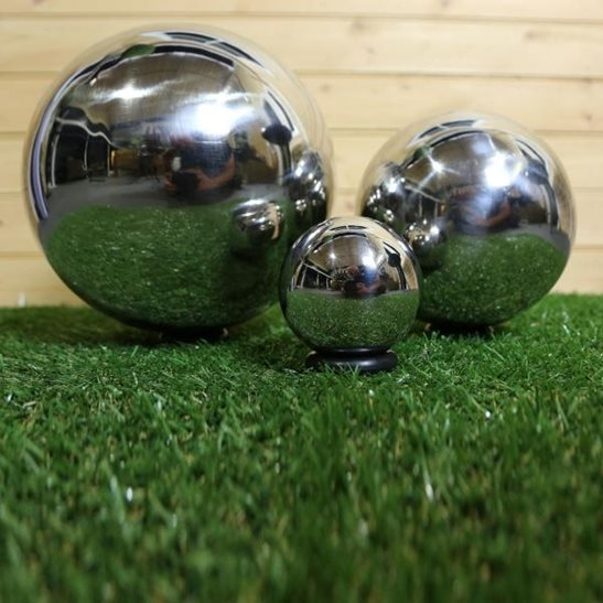 additional image for Set of 3 Stainless Steel Ornamental Spheres (10/20/30cm)