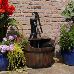Newcastle Wooden Barrel Water Feature