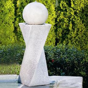 Contemporary Diagonal Fountain