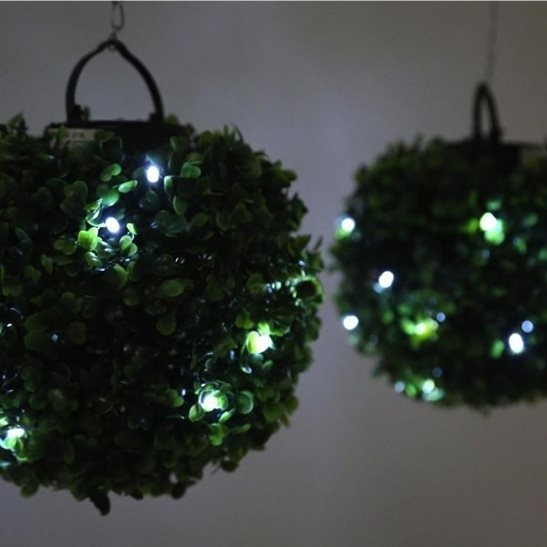 Solar Lights At The Range: Solar Powered Hanging Bay Topiary Balls (2 Pack