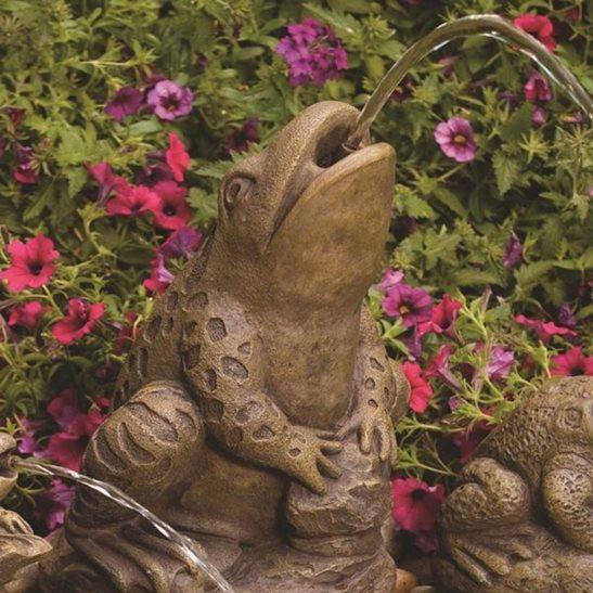 Spitting frog pond spitter for Ornamental pond filters
