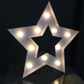 Lit Metal Star Sign (Battery Powered)