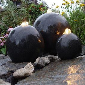 London Triple Terrazzo Balls Water Feature