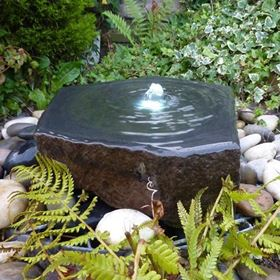 40cm Dished Top Babbling Basalt Slab Water Feature Kit
