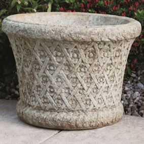 Roundflower Weaved Cast Stone Planter