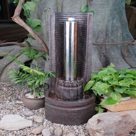 Stainless Steel Pillar in Semi Circle Water Feature