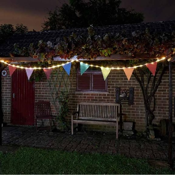 Solar Powered Bunting String Lights (10 Flags)