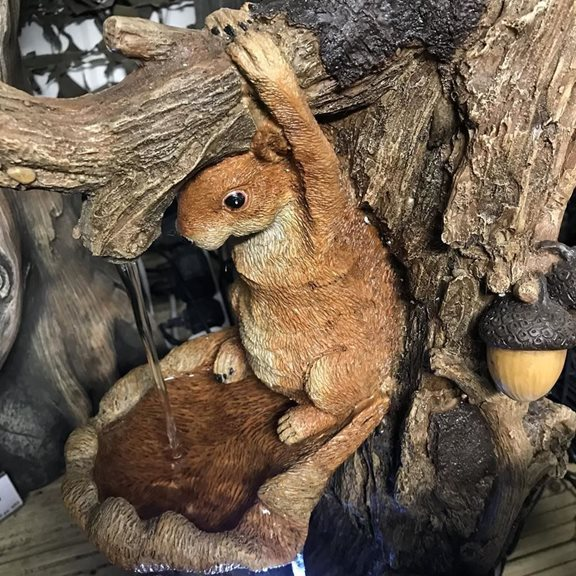 additional image for Squirrel on Tree Trunk Water Feature