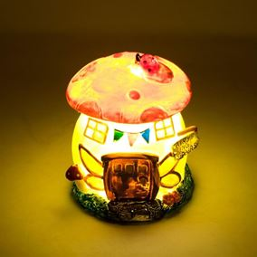 The Willowdale Collection Small Mushroom Fairy House Solar Light