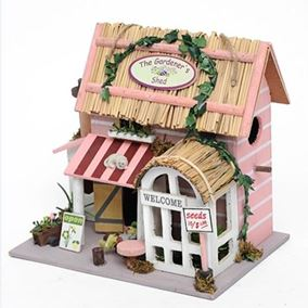 The Gardeners Shed Wooden Hanging Birdhouse